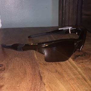 Authentic OAKLEY sunglasses- new with tag!